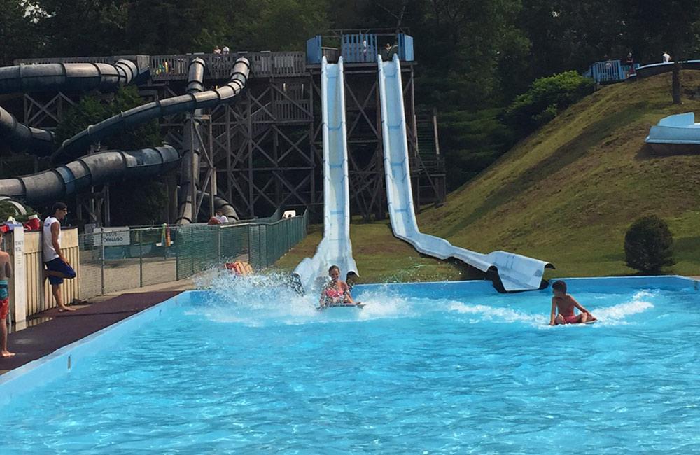 slides at water slide world