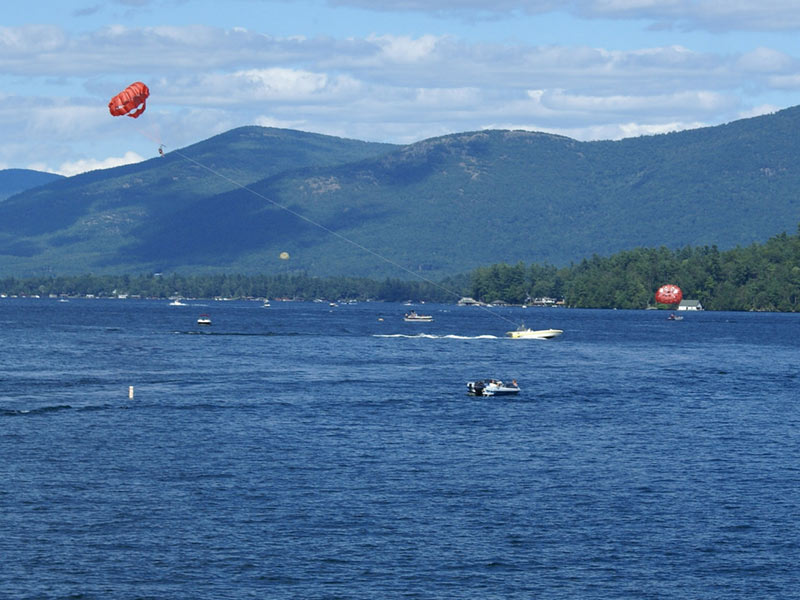 Parasailers on Lake George