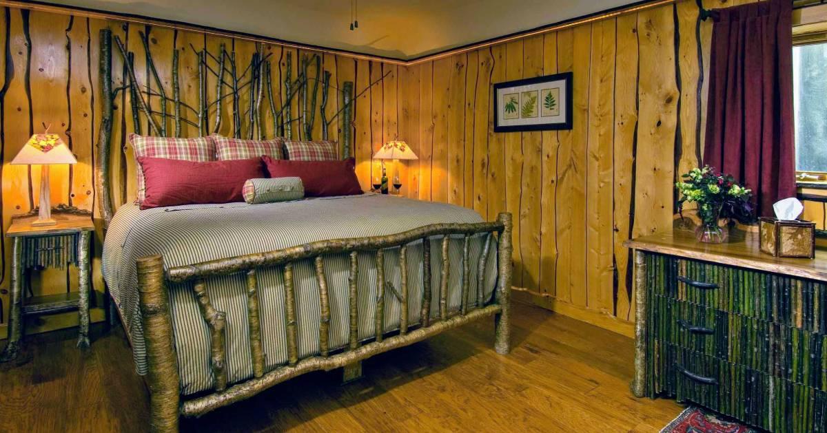 Adirondack-style bedroom