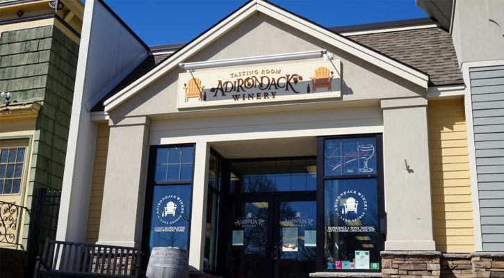 the outside of Adirondack Winery