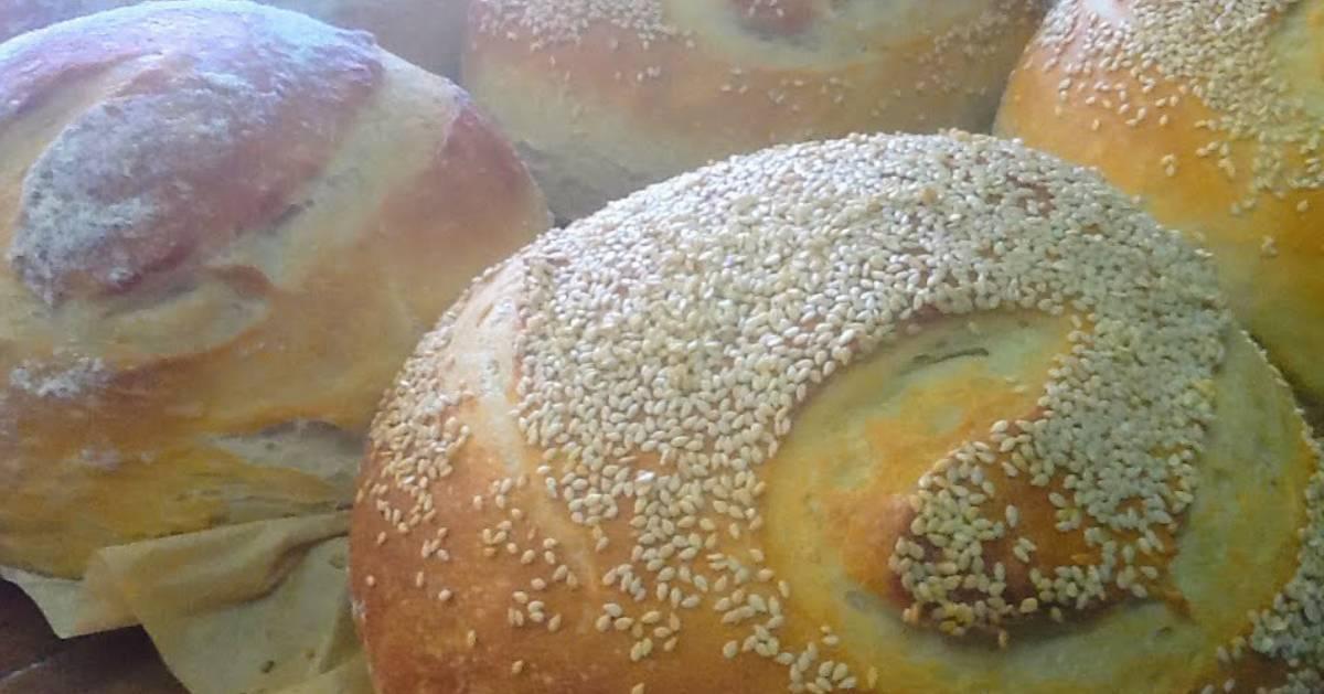 round bakery bread