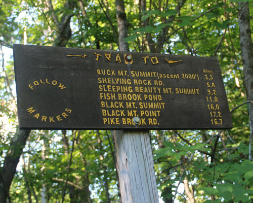 buck mountain sign