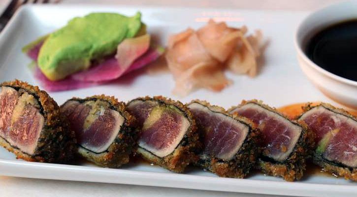 aesthetically pleasing sushi