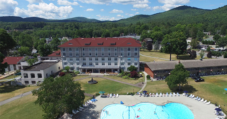 pool and exterior of the fort william henry hotel