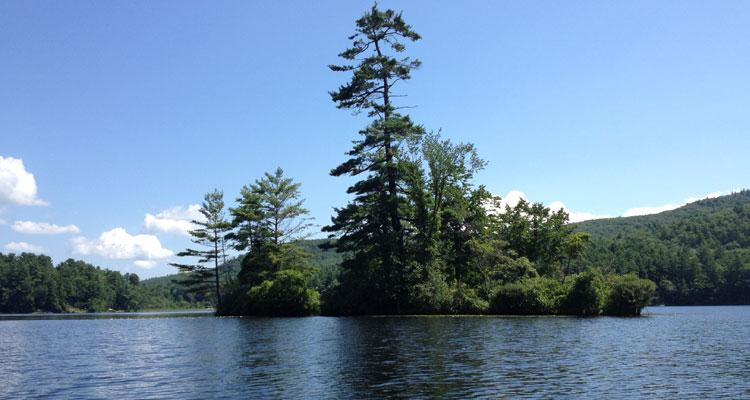 lake luzerne elm island
