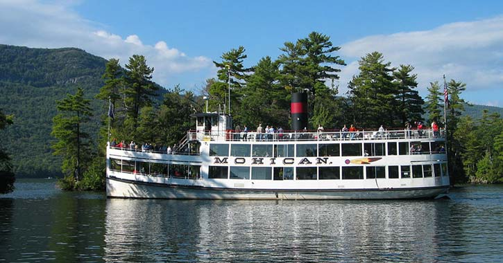 the second Mohican steamboat on Lake George