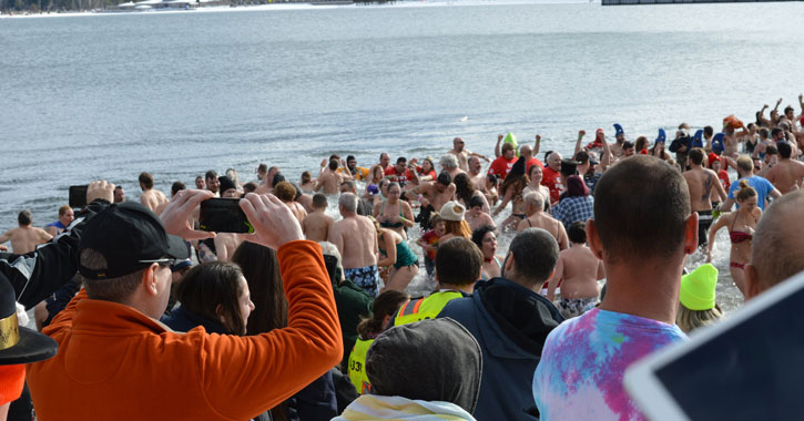 people at polar plunge