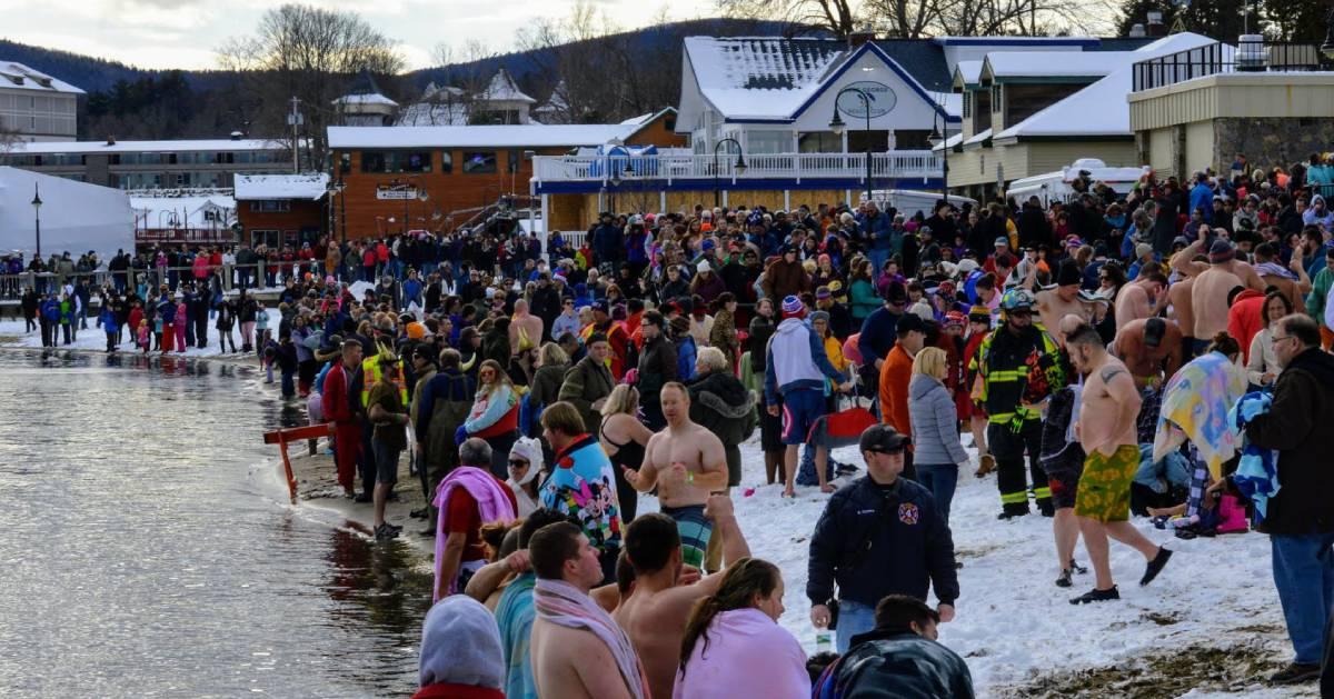 people at polar plunge