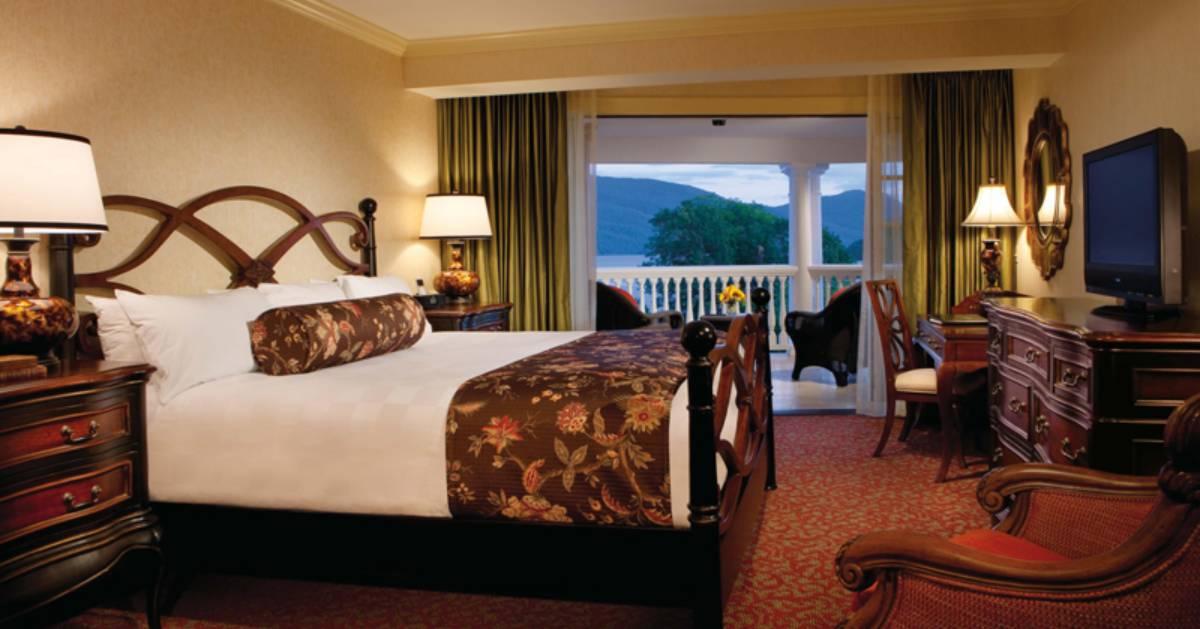 luxury looking hotel room