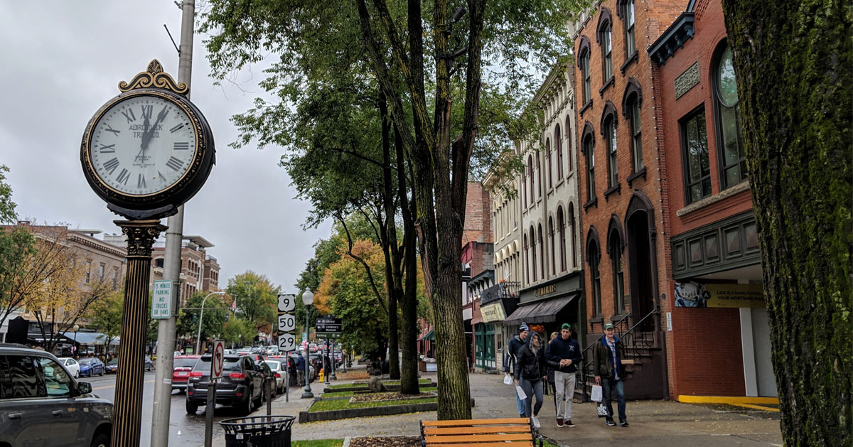 a street in Saratoga Springs
