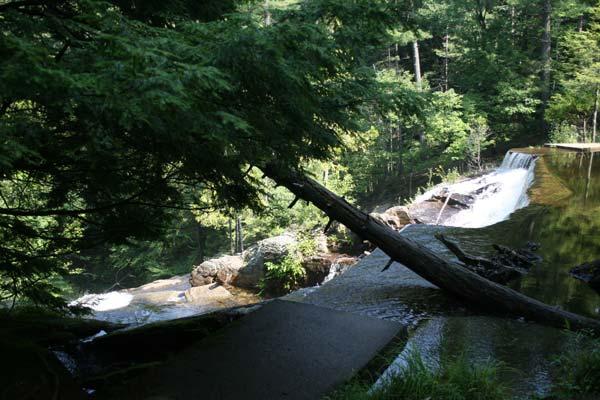 Photos & Information on Hiking Shelving Rock Falls in Lake