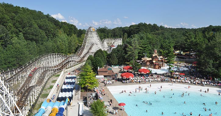 rollercoaster and wave pool