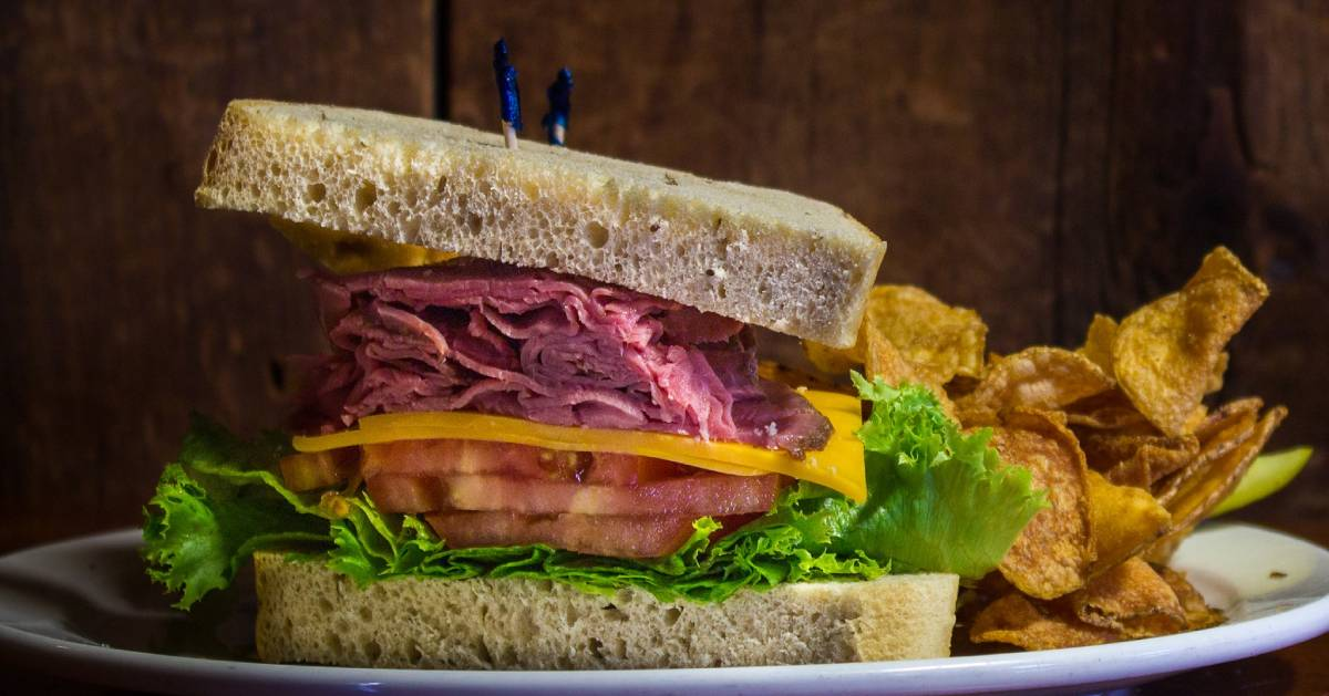 thick sandwich with chips