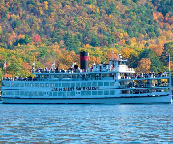 steamboat on lake george in the fall