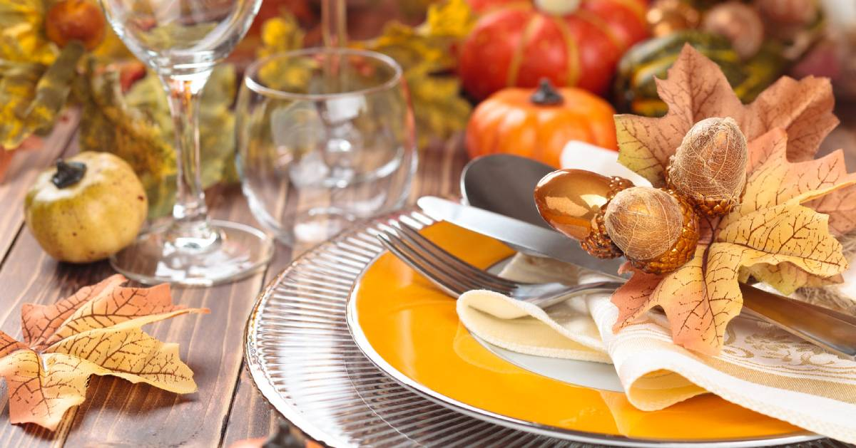 place setting for fall dinner