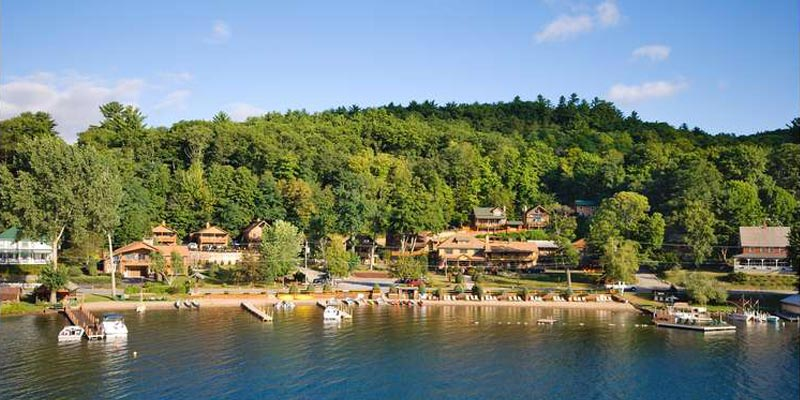 Lodging With Private Docks In Bolton Landing Diamond