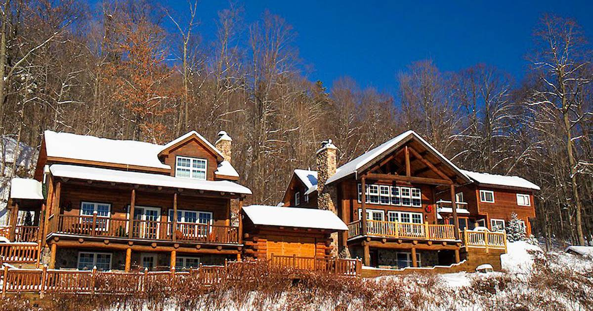 log cabins in the winter