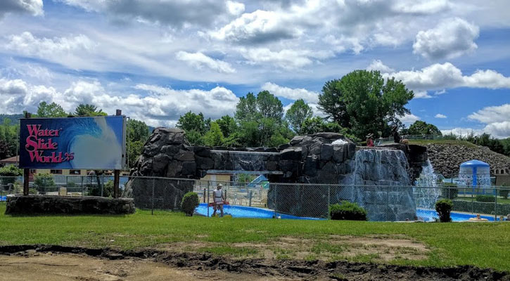 view of Water Slide World from the outside
