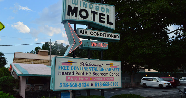windsor motel mid century