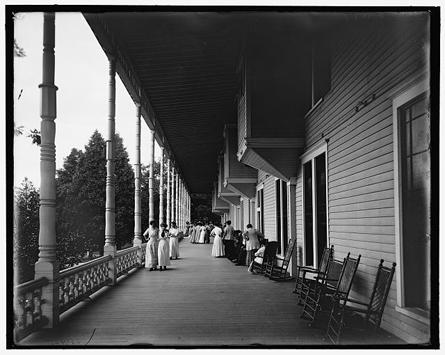 Hotel-Marion-Veranda-c.1900.jpg