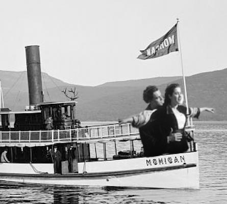 titanic_close-thumb-445x401-18916