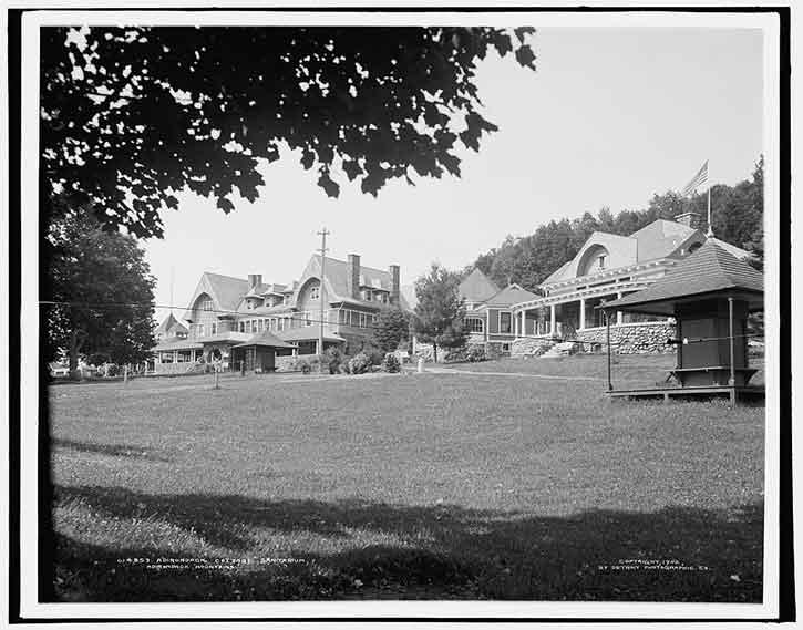 Adirondack Cottage Sanitarium in Saranac Lake