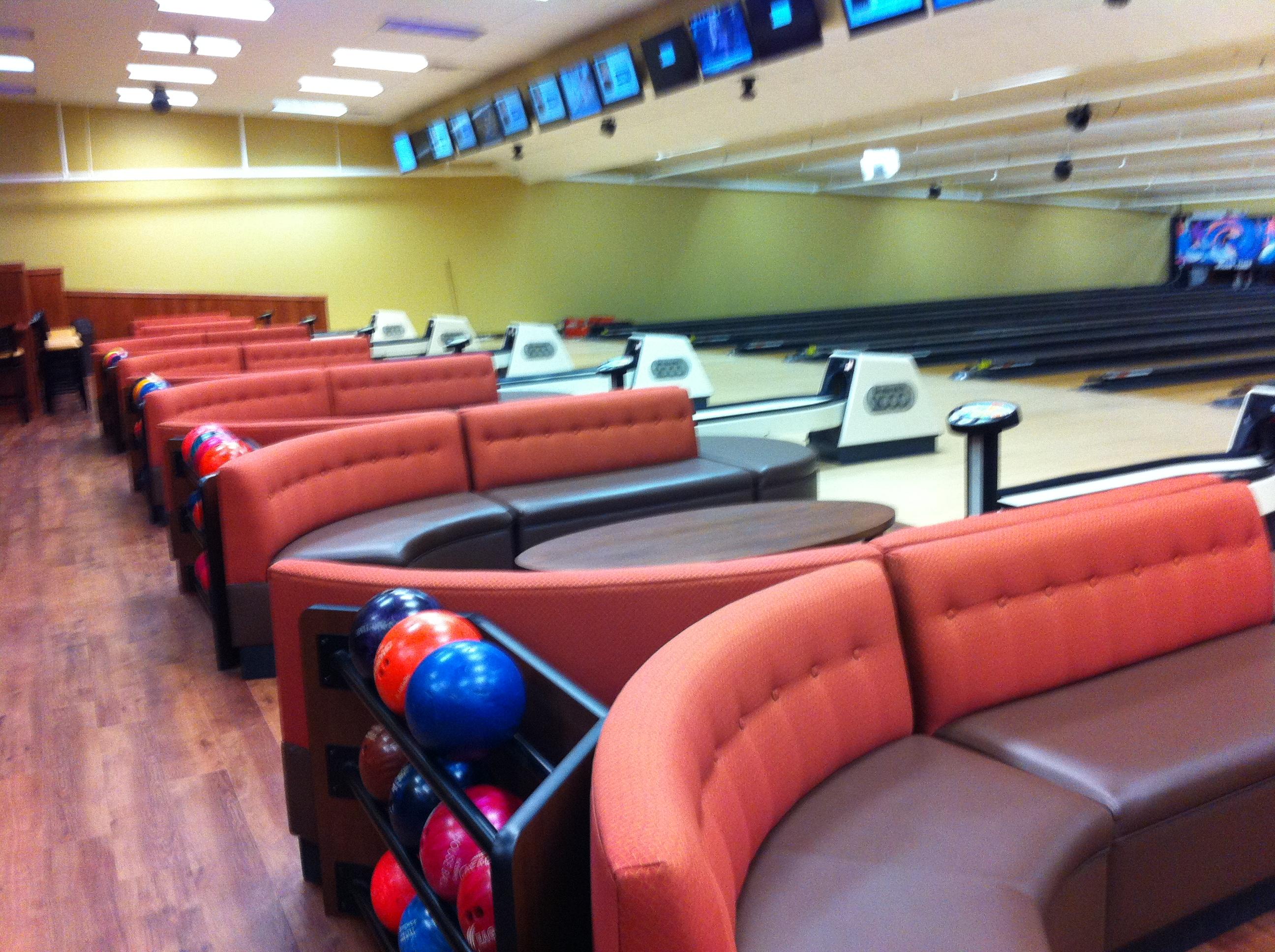 Bowling Alley Restaurant Near Me