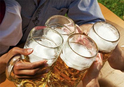beer-mugs-cheers.jpg