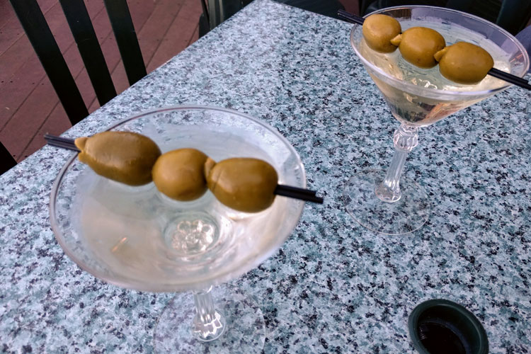 christies on the lake classic martini