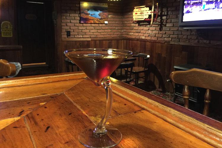 martini at moose inn