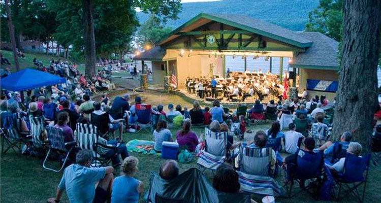 lake george community band in shepard park