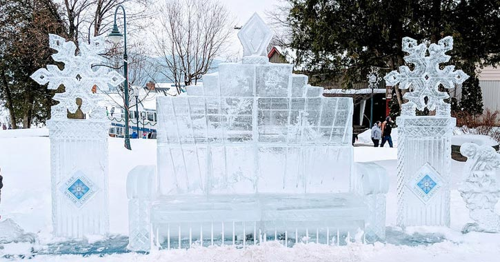 a large ice seat sculpture