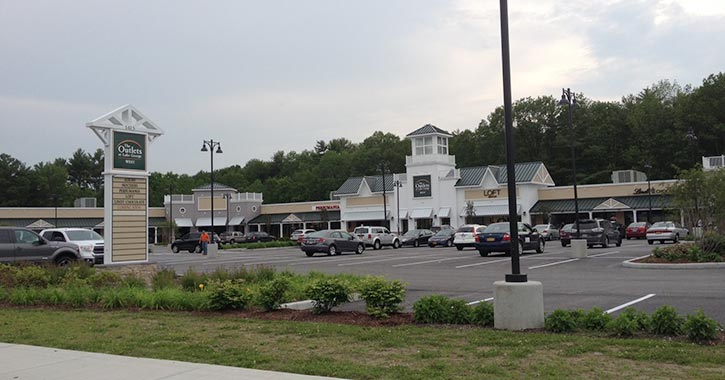 parking lot at outlet mall