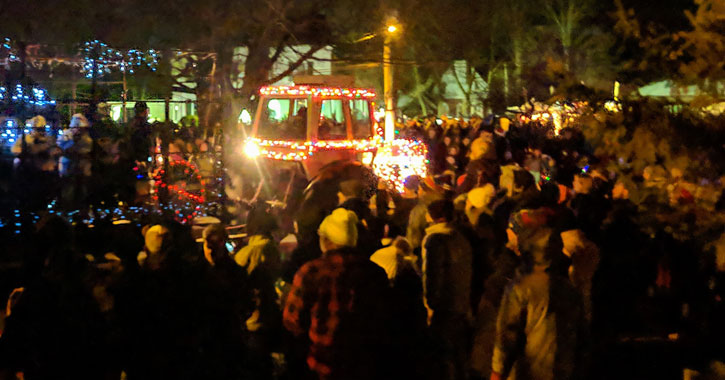 crowd at tractor parade