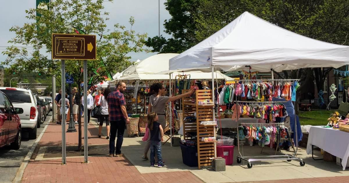 craft festival scene