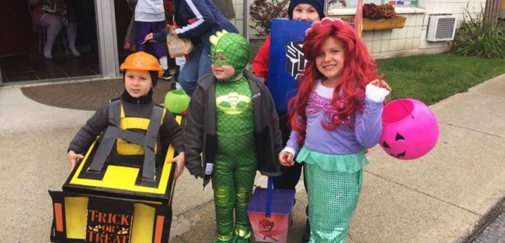 kids trick-or-treating in ticonderoga