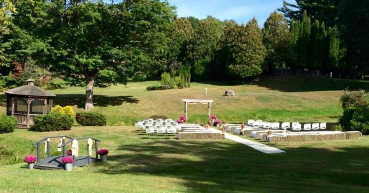 area set up for outdoor wedding