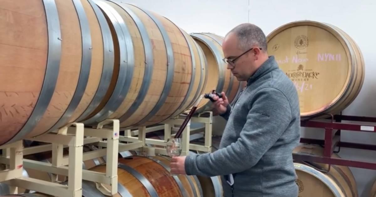 man wine wine barrels